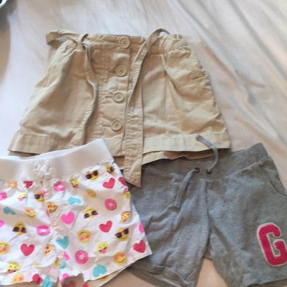 3627063d1 Set of three bottoms for little girls. M_5b12bec8aa87706c9a42dc4b